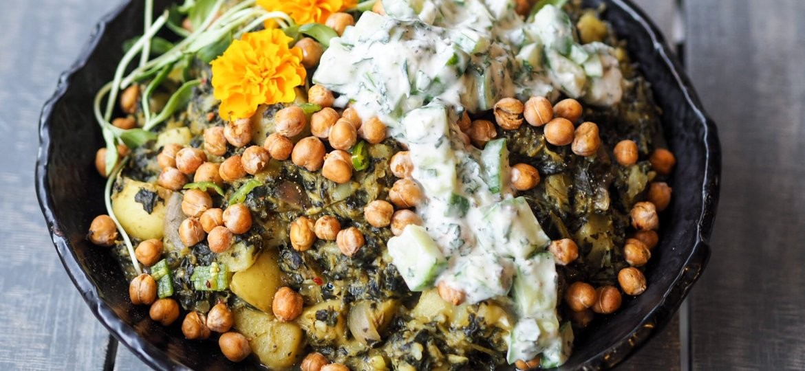CREAMY SPINACH & POTATO CURRY with minted cucumber dip