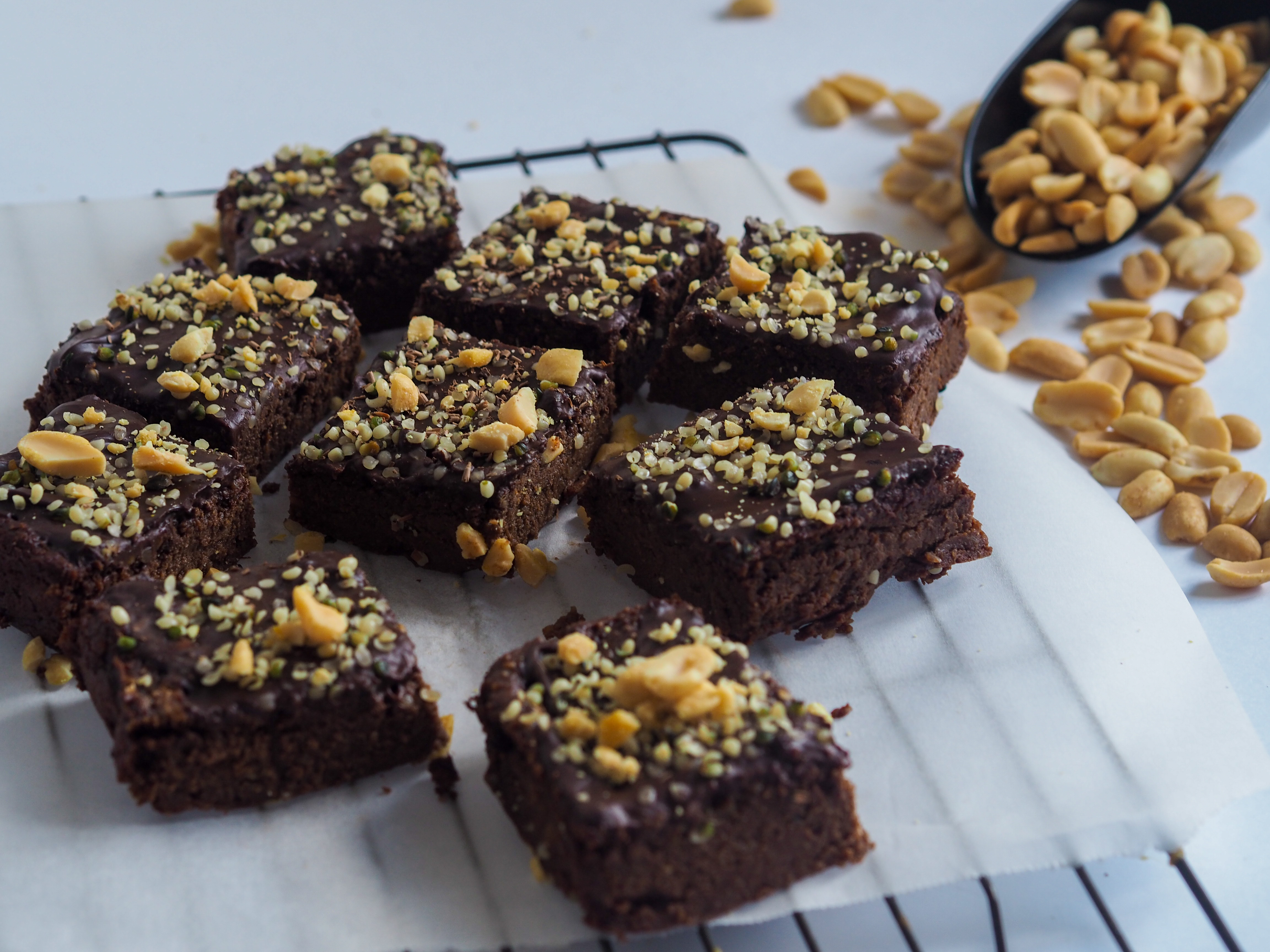 Fudgy chocolate and peanut butter brownies